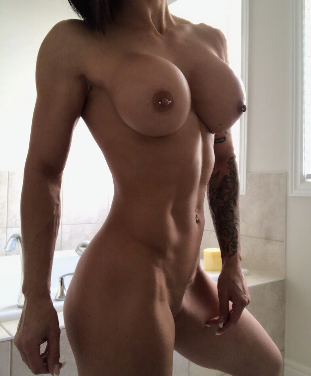 Strong & Sexy