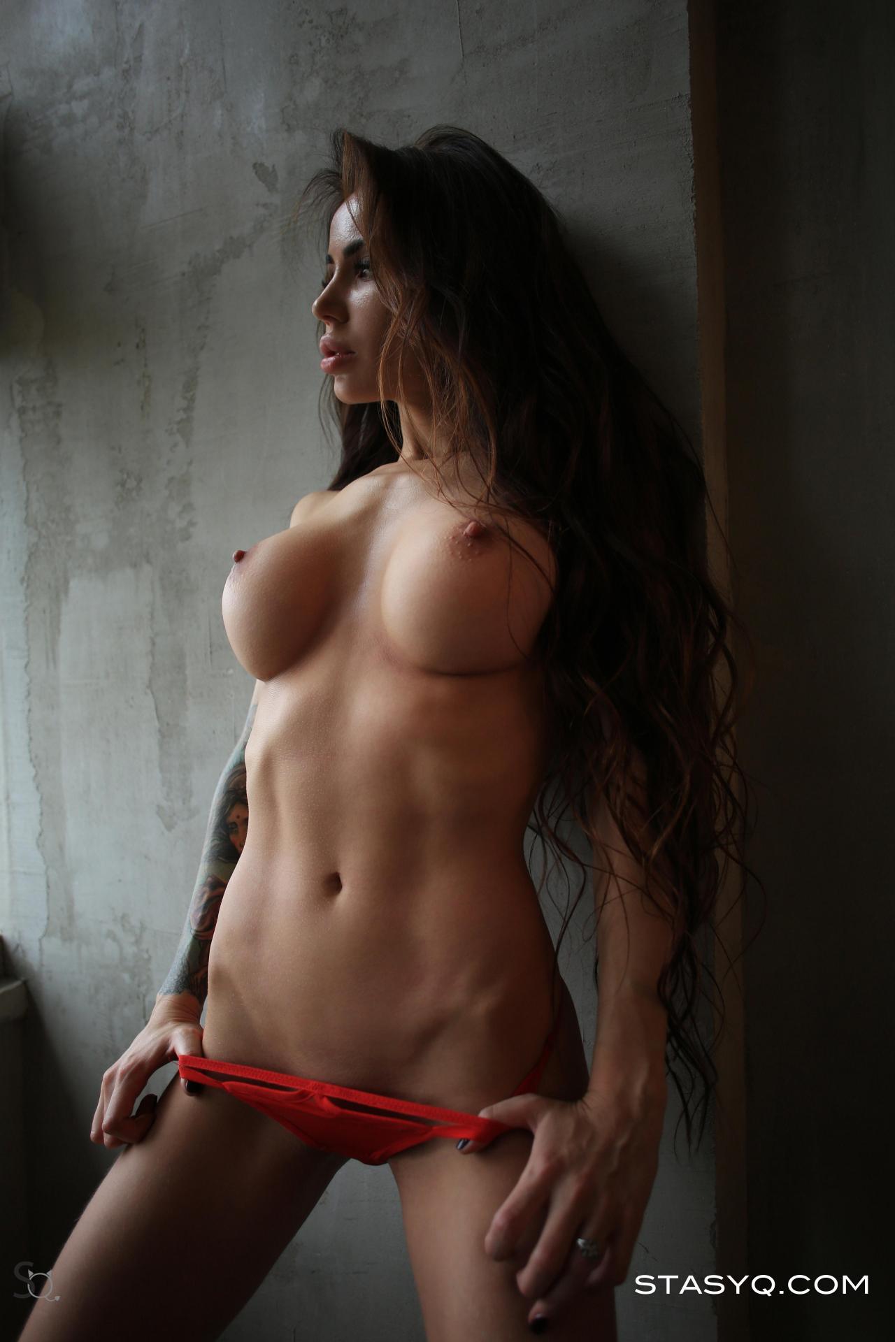 Natasha Vlasova