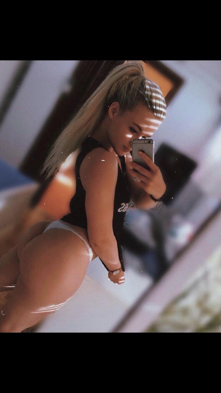 18yo Bikini Competitor Alena