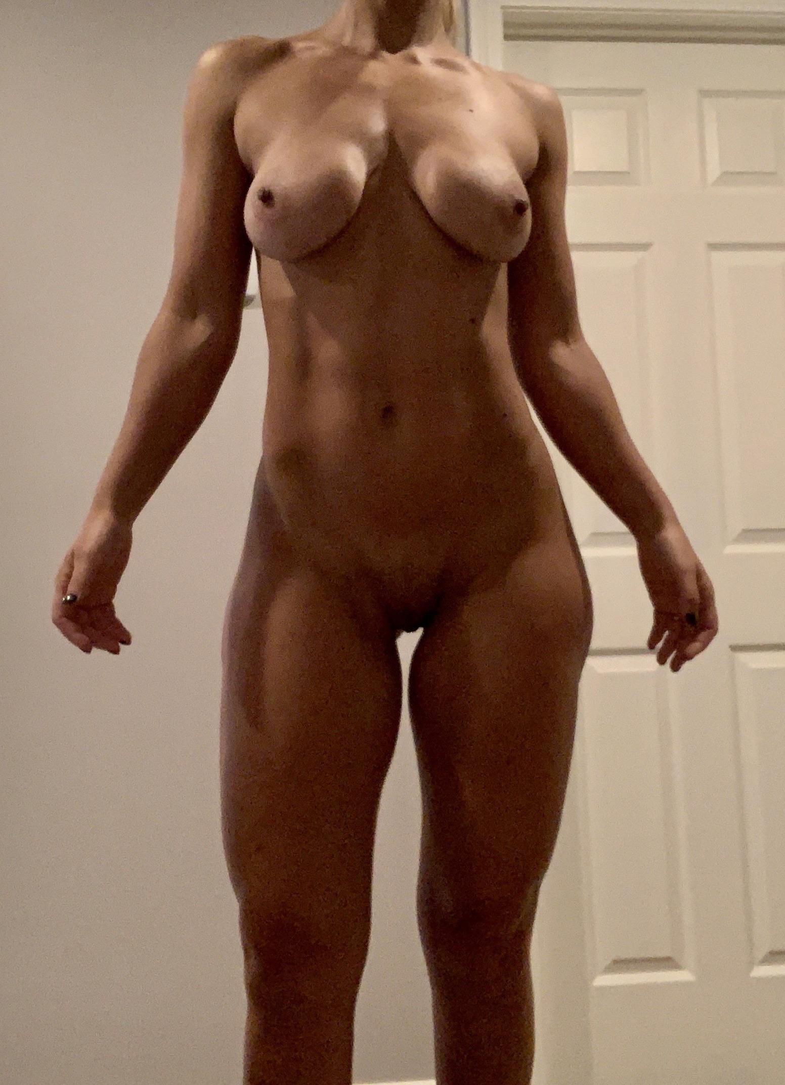Naked Girl With Huge Tits