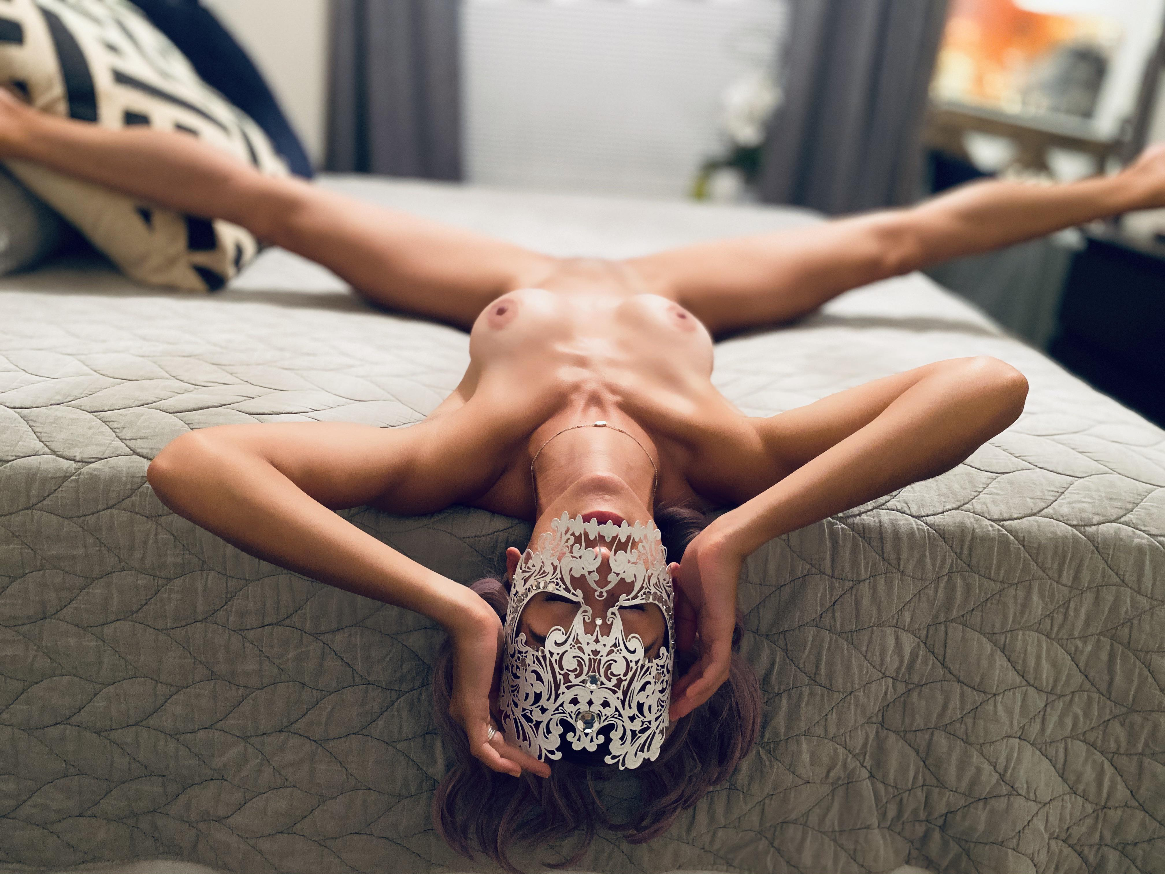 31F Does Your Girl Do This For You?