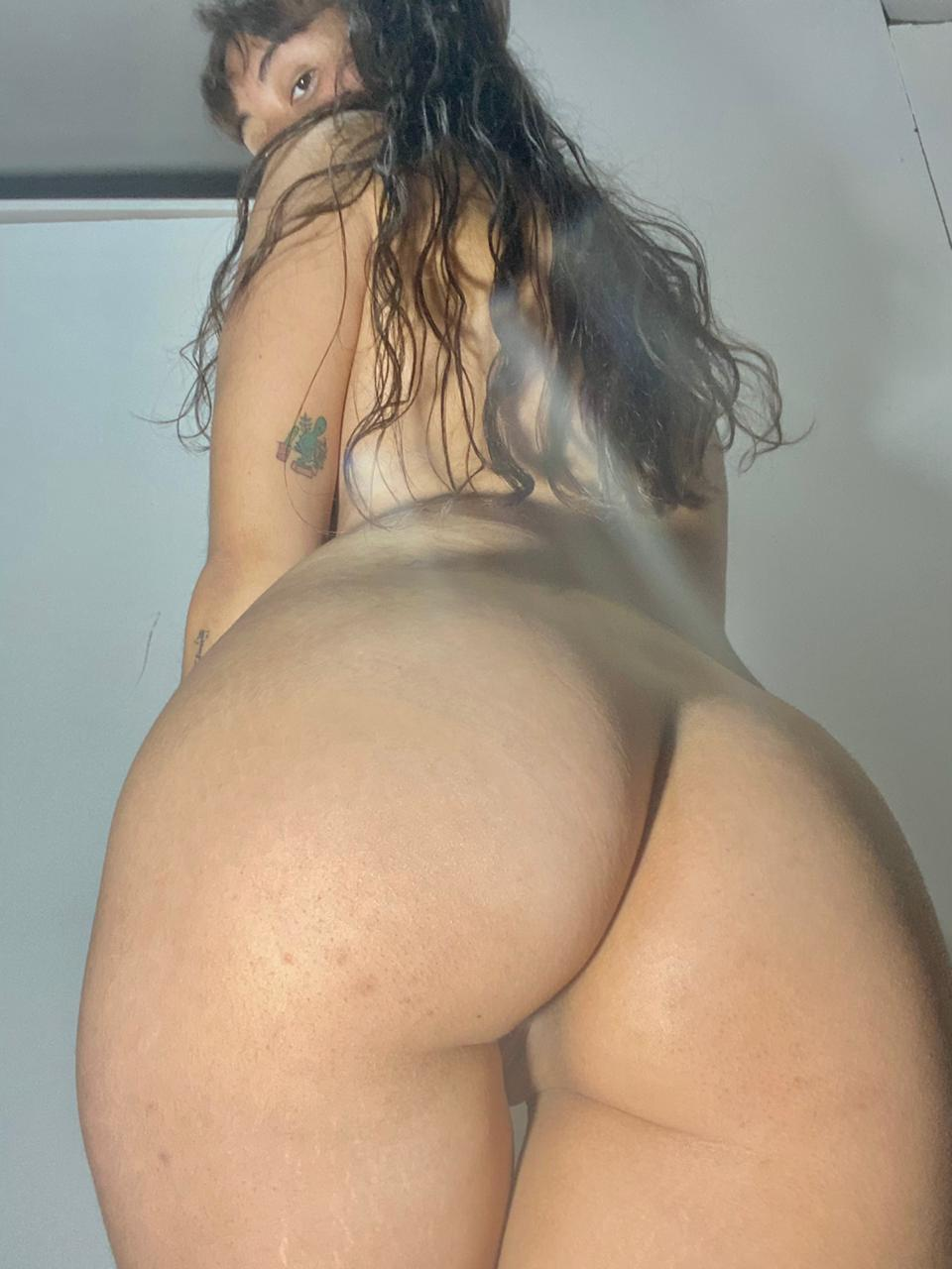 Can I Do More Squats At Your Face? 21