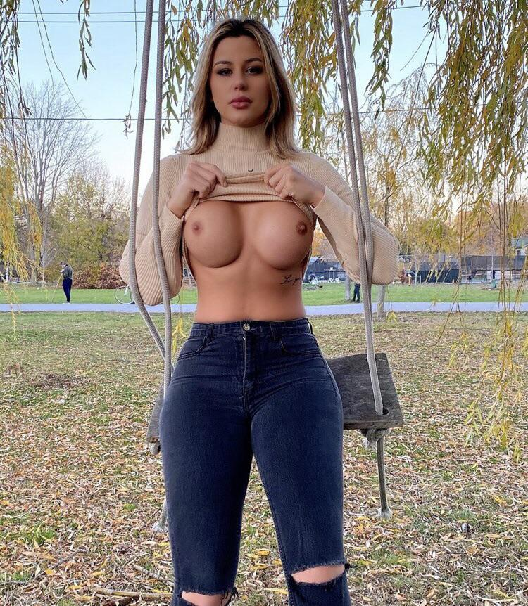 Love Flashing At Public Places