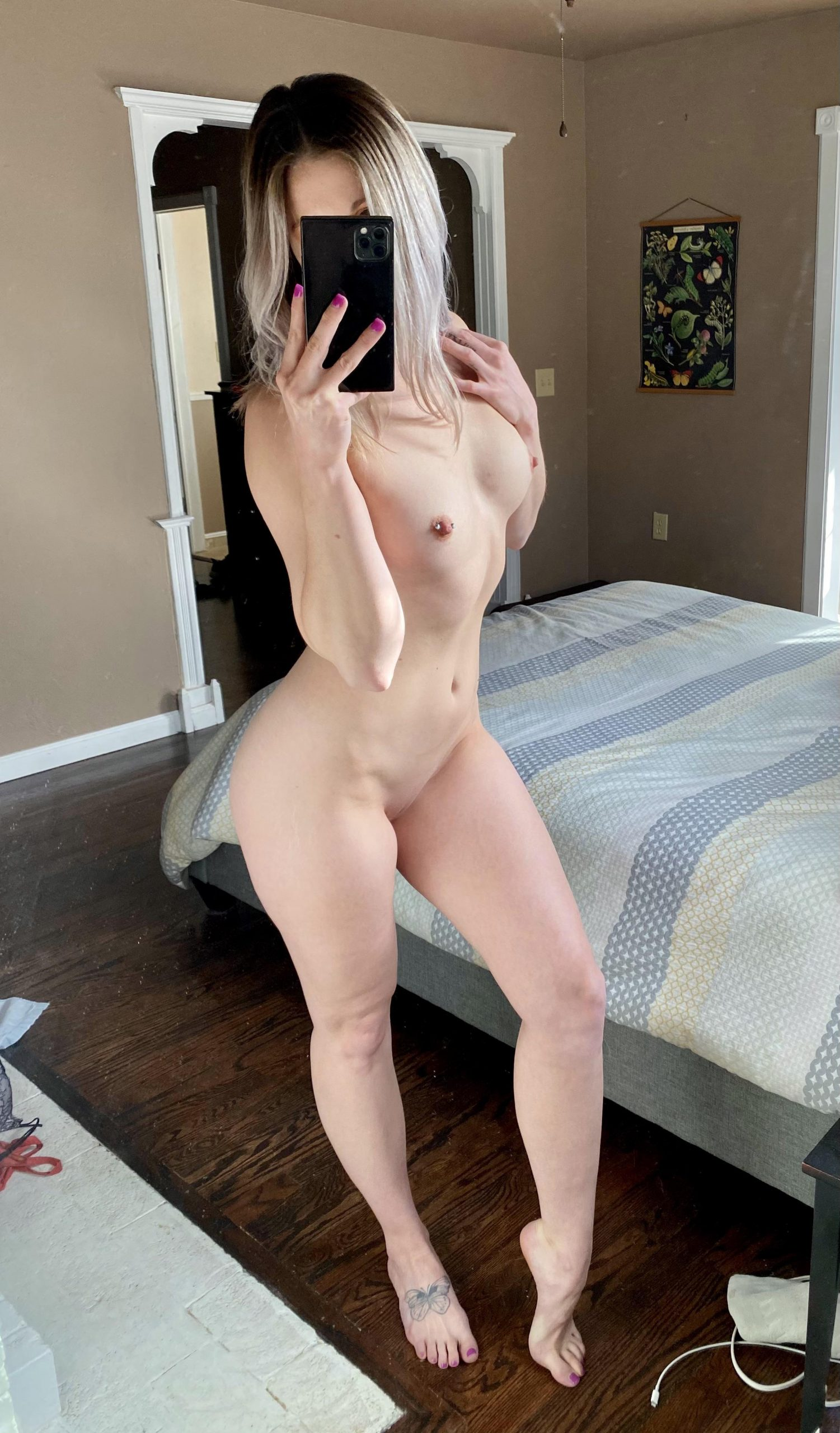 Gym Pose But Made It Nude