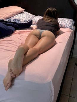 Anyone Here Into Fit Milfs 🍑 Cum Of More Of Me Baby 😜