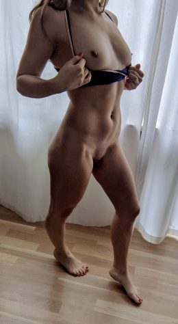 Are You Looking For A Naked Workout Buddy?