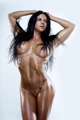 Aspen Rae With Her Naked Toned Body