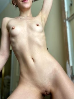 Do You Like My Tummy? I'm Working Hard To Keep It Tight 😊