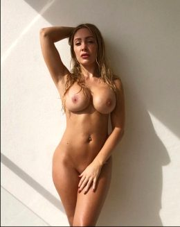 Fit Blonde Babe Ashley