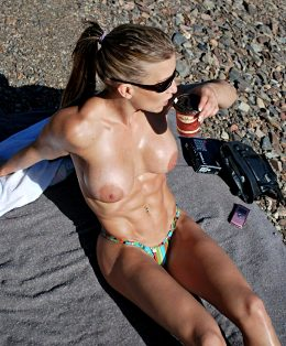 Fitness Blonde Babe