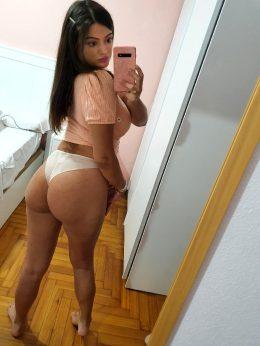 Hi , Do You Like My Booty?