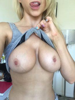 Hump Day Titties ;)