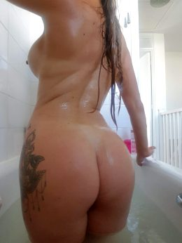 Join Me In The Tub