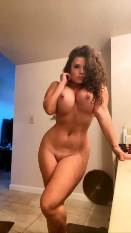 My Only Fans Is FREEEEE, Cum Play With Me 😻😻😻😻