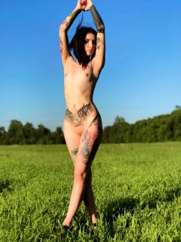 Naked In Nature ?