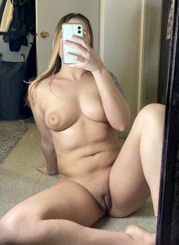 Any Simple Nude Selfie Lovers? (;