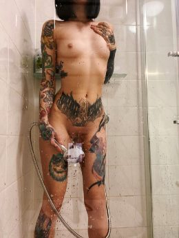 Come And Take Shower With Me ?