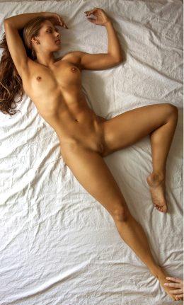 Intimate Pose