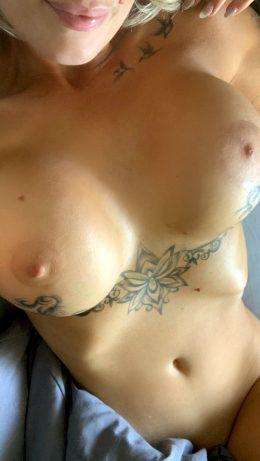 Pretty Tittys ☺️